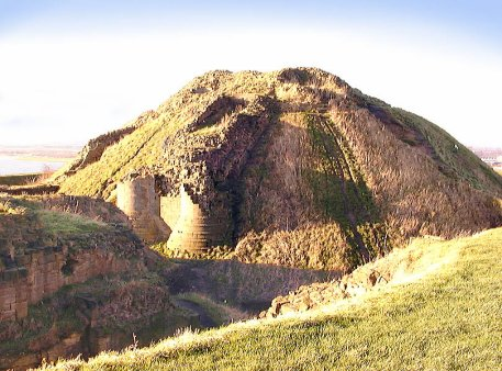 Sandal Motte looking north towards Wakefield, Dec. 2000